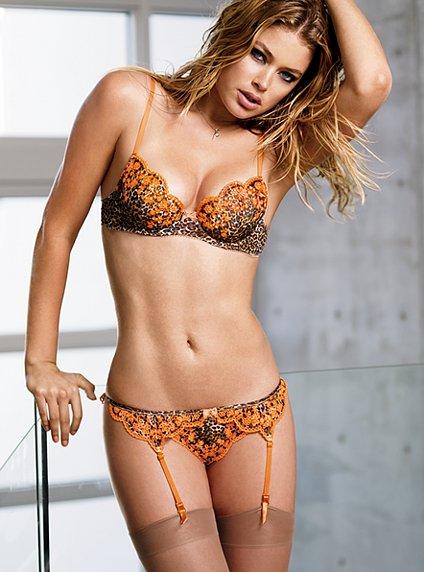 Fuck pussy hot boobs sex