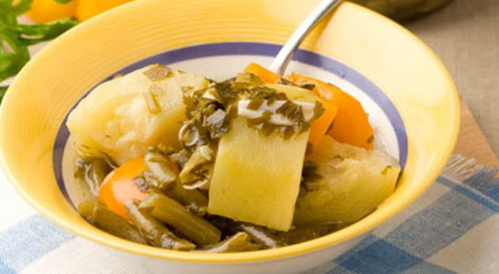 ...150 г вода - 1,5 л уксус 6% - 500 г... Закуска из кабачков с фасолью.