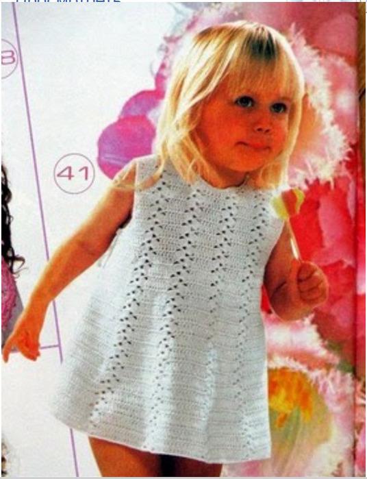 Детское платье ,вязанное крючком и схема.  Это просто рекорд.