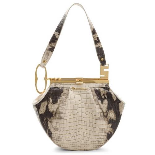...хочу представить вам часть коллекции сумок Braccialini весна-лето 2010.