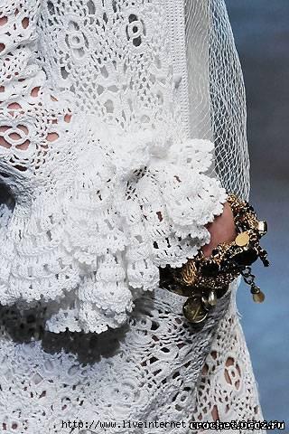 Dolce & Gabbana Spring 2010 Ready-to-Wear.