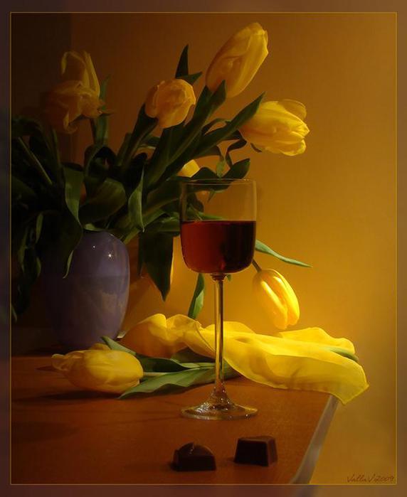 предложили желтые цветы и свечи фото натюрморт уникальный