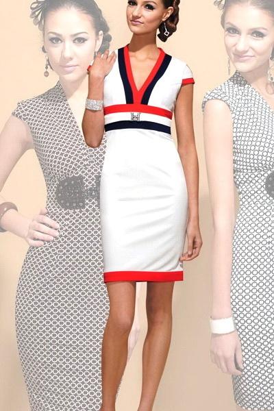 1227e5d86b6 Коллекции одежды  Классические Платья