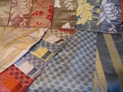 Жаккард - плотная и добротная ткань со сложным рисунком.