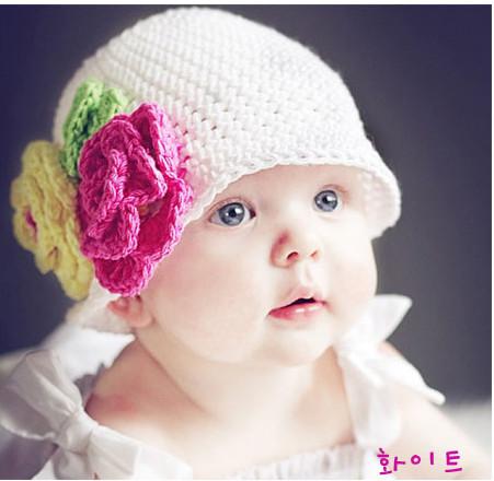 Комментарий: детские шапочки крючком со схемами.