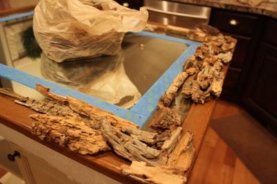 венок, елка и декор рамки зеркала коряжками (15) (400x266, 111Kb)
