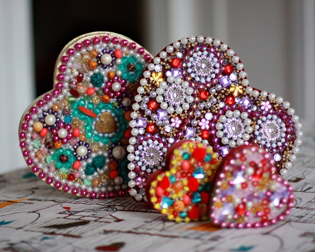 heart-boxes-beaded-valentines-mardi-gras-640 (640x512, 289Kb)