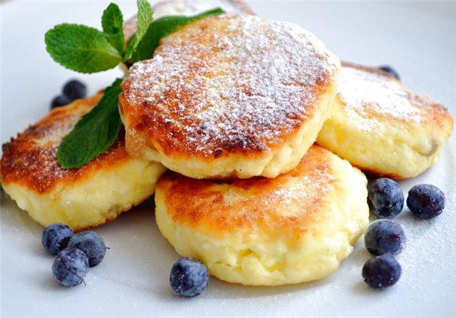 Сырники из творога классические: 10 рецептов с фото пошагово