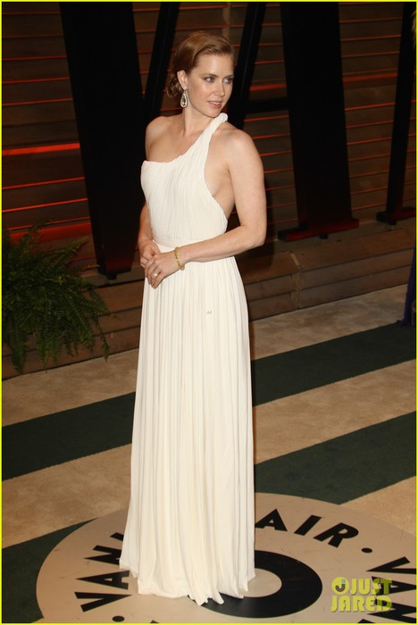 amy-adams-is-white-hot-in-new-dress-at-oscars-party-2014-05 (468x700, 64Kb)