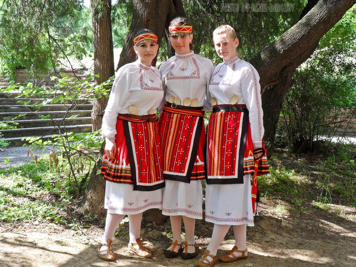 07 bulgarian_girls (700x525, 564Kb)