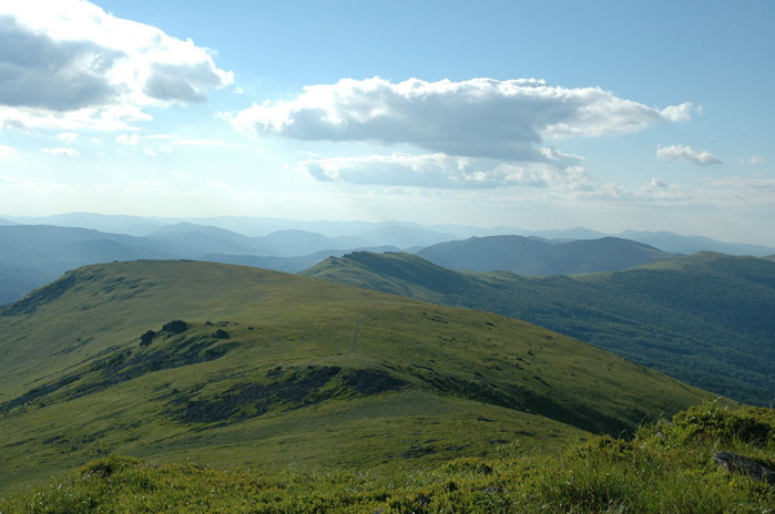 08 Beskids_View_from_Pikuy (700x464, 295Kb)