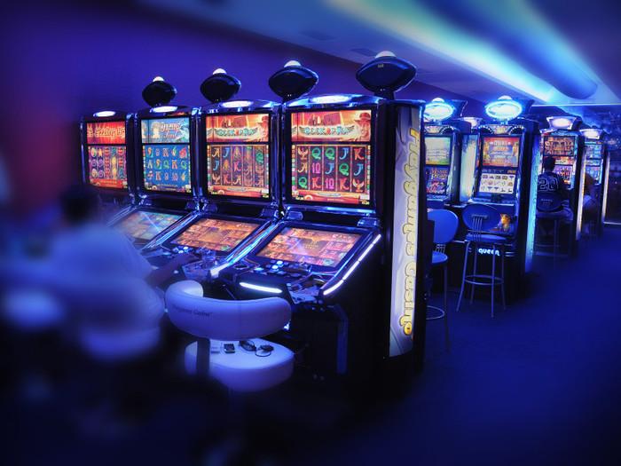Игровые автоматы полумесяцы онлайн бесплатно играть в хорошем казино