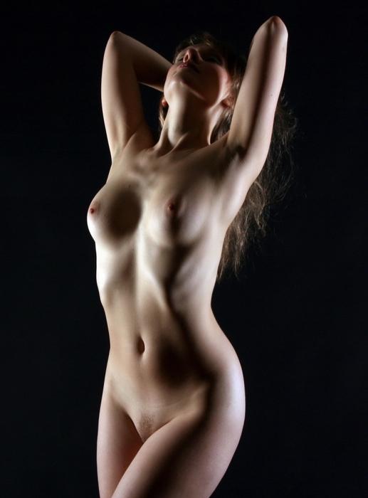 высокохудожественная эротика женская грудь жумалиева