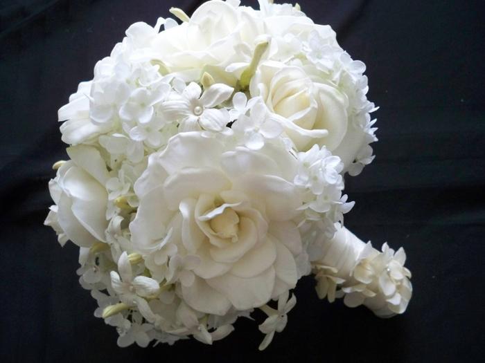 Букет невесты из гардении, продажа почте цветов