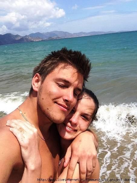видео марта соболевская с мужем в гостинице