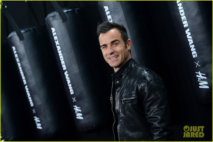 jessica-chastain-justin-theroux-alexander-wang-hm-launch-01 (700x466, 55Kb)