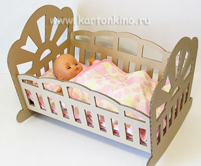 Как сделать кроватку для кукол своими руками