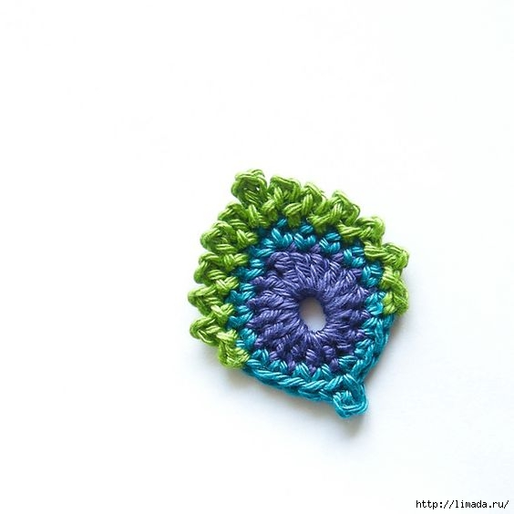 Crochet-French-Mini-Peacock-Feather-Free-Pattern (564x564, 71Kb)
