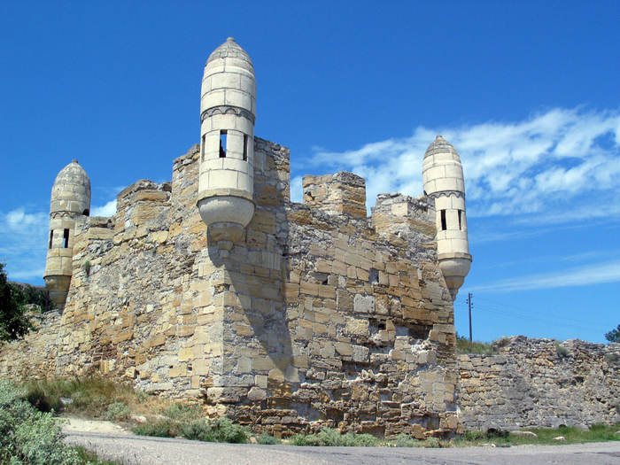 07 Yeni-Kale_fortress,_Kerch (700x525, 524Kb)