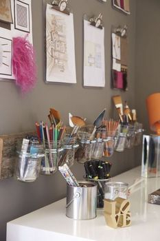 ideas-to-organize-your-craft-room-in-the-best-way-36-554x831 (233x350, 67Kb)