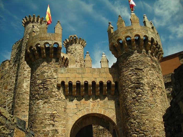 Понферрада (Castillo de Ponferrada) - Замок тамплиеров 86962