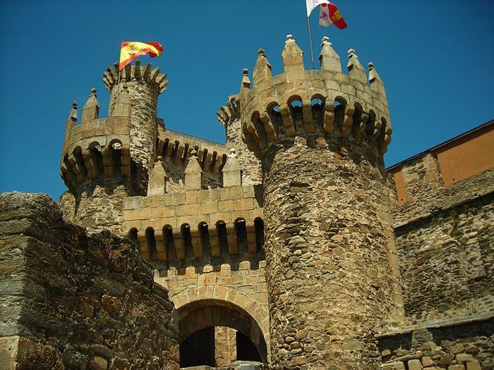 Понферрада (Castillo de Ponferrada) - Замок тамплиеров 23787