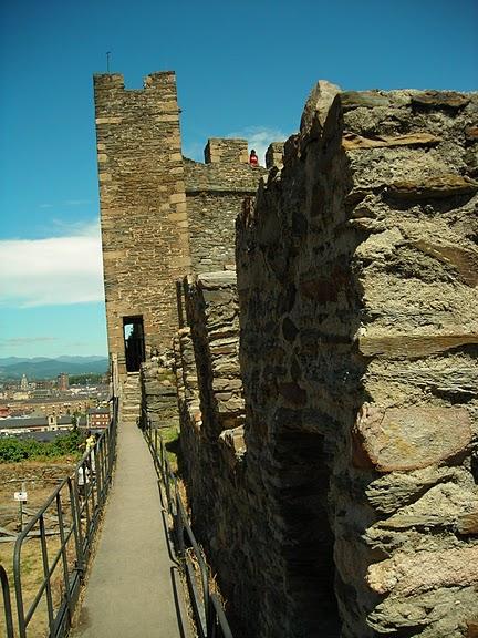 Понферрада (Castillo de Ponferrada) - Замок тамплиеров 14503