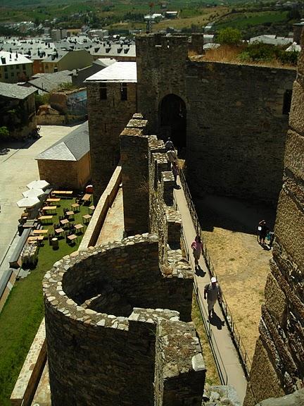 Понферрада (Castillo de Ponferrada) - Замок тамплиеров 28312