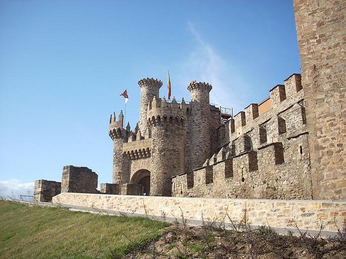 Понферрада (Castillo de Ponferrada) - Замок тамплиеров 73243