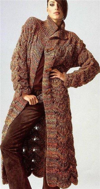 Вязаное пальто Вязание спицами ... вязаное пальто в сиреневых тонах...