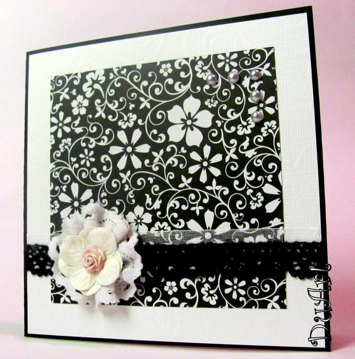 Скрапбукинг открытка черно белая
