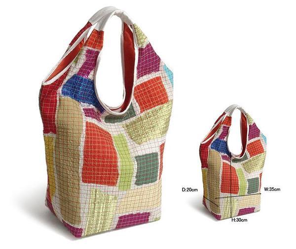 Эту сумку я сшила для наших самодельных продуктов (чтобы они не.