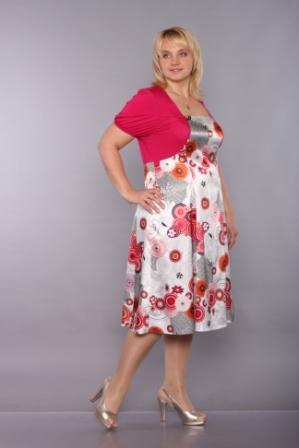 Коллекцию свадебных платьев Yolan Cris можно посмотреть в этой.