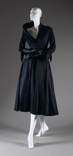 Abandon_afternoon_dress__fall_winter_1948_49__Christian_Dior__Silk__cotton_ (281x600, 26Kb)