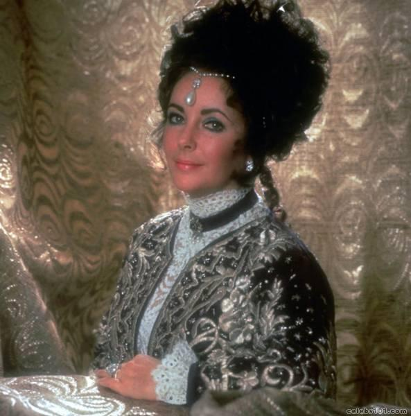 elizabeth_taylor_photo_49 (593x600, 47Kb)