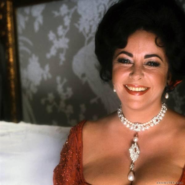 elizabeth_taylor_photo_56 (600x599, 31Kb)