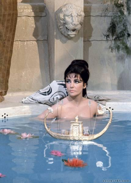 elizabeth_taylor_photo_110 (429x600, 34Kb)