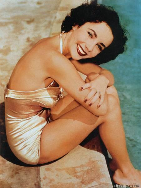 elizabeth_taylor_photo_146 (452x600, 35Kb)