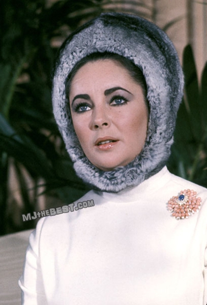 Elizabeth-Taylor-Press-Conference-February-5-1968-1 (407x600, 138Kb)