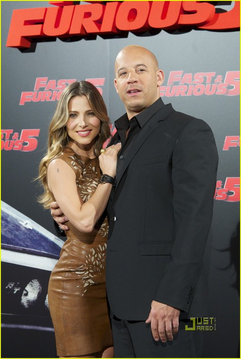 elsa-pataky-vin-diesel-fast-5-photo-call-madrid-01 (470x700, 74Kb)