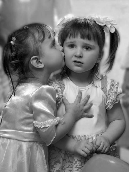 Смешные картинки про подружек маленьких девочек