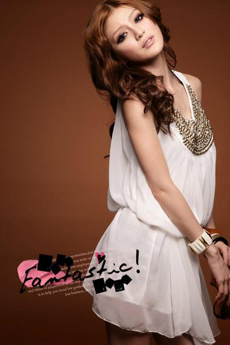 Легкое шифоновое платье с красиво украшенной грудью c380b100690