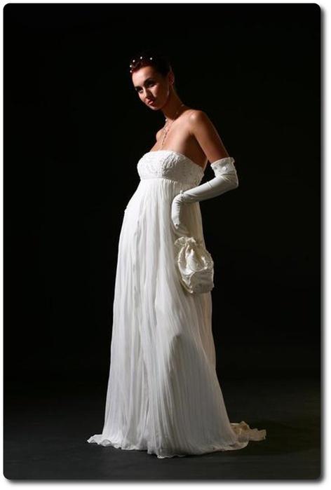 ...Свадебные платья для беременных невест от свадебного салона Хельга...
