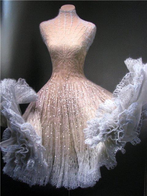 Необычные вязаные платья от кутюр. Обсуждение на ...