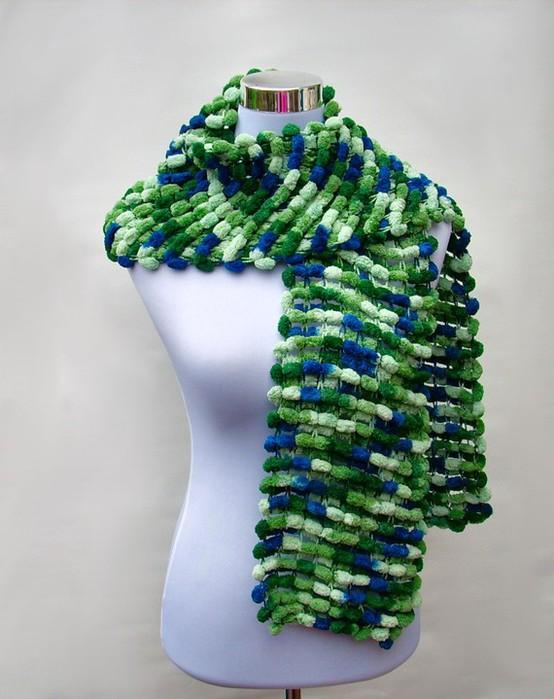 4114762_Pom_Pom_wool_scarf_purple_6 (554x700, 87Kb)