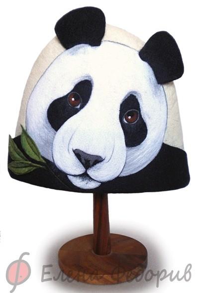 Эхх, люблю панд.  В итоге - войлочная банная шапка с мордой этого милого...