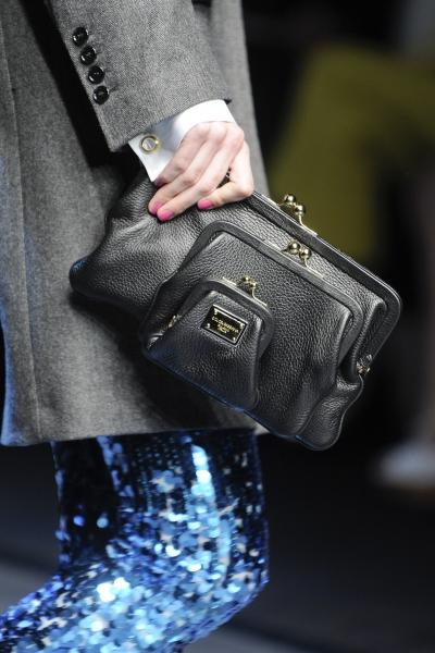 Модные сумки зима 2012.  Прочитать целикомВ.