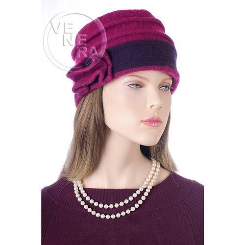 ...женских шапок. связать теплую модную шапку с крупной вязкой схемы фото.