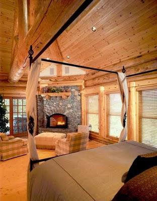Этот красивый деревянный дом был построен в 1950 году.