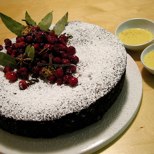 4278666_3124133150_cf95d37136_Gingerbread_Cake_with_Eggnog_Sauce_M (500x499, 181Kb)